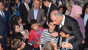 Bakan Ala Erzurum'da Çocuk Yuvasını Ziyaret Etti