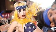 Lady Gaga Vücuduna Yeni Bir Dövme Yaptırdı