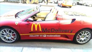 Ünlü Fast Food Zinciri Ferrari'yi Teslimat Aracı Yaptı
