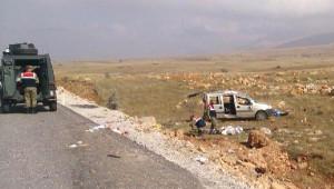 Göksun'da Hafif Ticari Araç Devrildi: 6 Yaralı