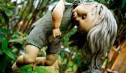 Oyuncak Bebeklerin İstila Ettiği Korkunç Ada