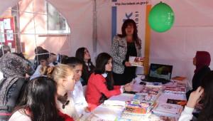 Erzincan da Ki Genç Öğrencilere Avrupa Fırsatları, Burslar, Stajlar ve Avrupa Gönüllü Hizmetleri...