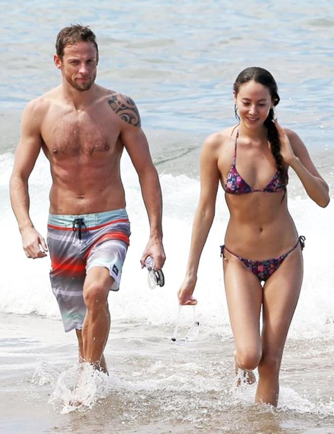 Jenson Button, Nişanlısıyla Tatil Kaçamağında Yakalandı