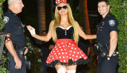 Paris Hilton, Beyaz Jartiyerli Mini Mouse oldu