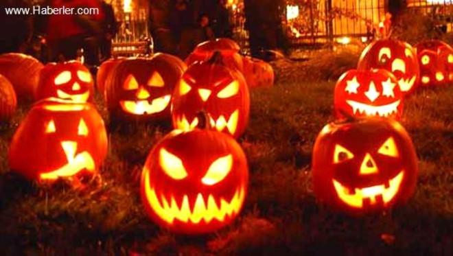 Cadılar Bayramı ile Birlikte Facebook Kapak Fotoğrafları da Değişti