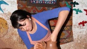 Çek Öğrenciler Kapadokya'da Çanak Çömlek Yapımını Öğreniyor