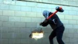 Filistinliler Ayrım Duvarını Deldi
