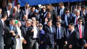 Başbakan Davutoğlu Hacıbektaş'ta: Destur Almaya Geldim