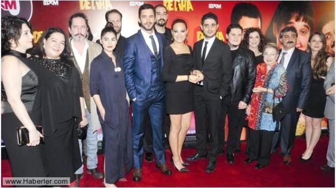Deliha Filminin Galasına Ünlü Akını