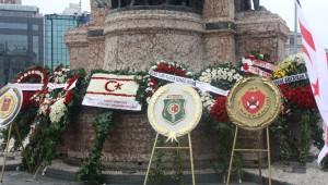 KKTC'nin 31'inci Kuruluş Yıldönümü Taksim'de Kutlandı