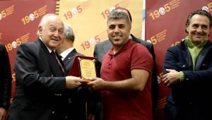 Sarı Kırmızı Kareler' Adlı Fotoğraf Yarışması Ödül Töreni Yapıldı