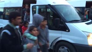 Erciş'te 52 Öğrenci,yedikleri Gıdadan Zehirlendi
