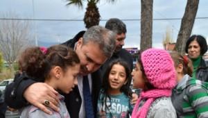Başkan Çerçi Çocukları Sevindirdi