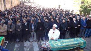 Kazada Ölen Öğretmenler İçin Nevşehir'de Cenaze Namazı