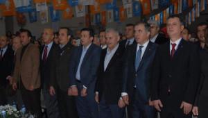 Binali Yıldırım AK Parti Çiğli İlçe Kongresi'nde