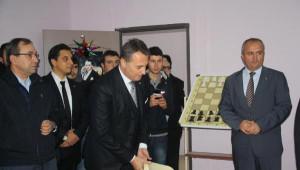 Beşiktaş'ın Yenilediği Okulu Başkan Fikret Orman Açtı