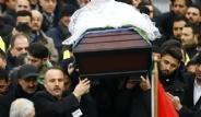 Almanya Kahraman Türk Kızını Uğurladı