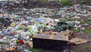 Çöplükteki Para Kasası Jandarmayı Alarma Geçirdi