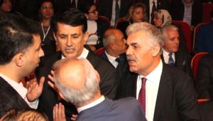 MHP Kongresinde Divan Başkanlığı Gerginliği