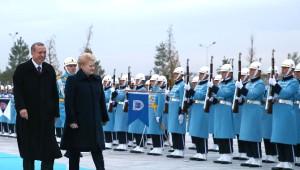 Litvanya Cumhurbaşkanı Grybauskaite Resmi Törenle Karşılandı