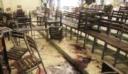 Pakistan'daki Okul Baskınından Kan Donduran Kareler