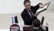 CHP'li Vekilin 17 Aralık Pankartı Meclis'i Karıştırdı