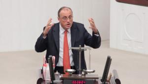 CHP'li Vekil Meclis Kürsüsüne Terazi ile Çıktı