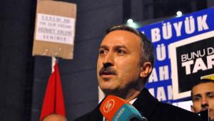 Ekrem Dumanlı'nın Avukatı Adliye Önünde Açıklama Yaptı