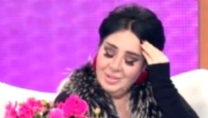 Nur Yerlitaş Yakışıklı Oyuncuyla Elele Görüntülendi