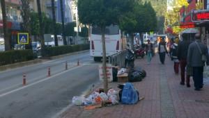 Belediye, Belediyeye Kızıp Çöpleri Toplamadı
