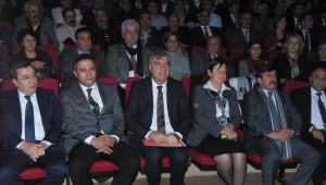 CHP İzmir İl Başkanı Adaylık İçin İstifa Etti