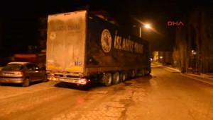 Sivas Tırda 83 Bin Paket Kaçak Sigara Ele Geçti