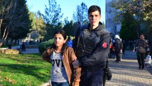 Çukurova Üniversitesi'nde Uludere Gerginliği; 100 Gözaltı (Fotoğraflar)