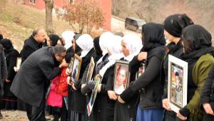 CHP ve İhd, Uludere'de Ölenleri Mezarları Başında Andı