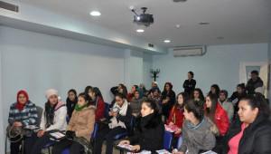 Liseli Öğrenciler Gençlik Merkezini Gezdiler