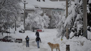 Büyükorhan'da Kar Esareti