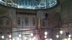 Sultanahmet'te Mevlid Kandili Coşkusu