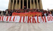 Galatasaraylılar Anıtkabir'e Çıktı
