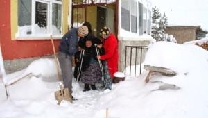 Diyaliz Hastasının 6 Saatlik Kar Çilesi