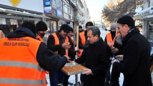 Akşehir'de Karla Mücadele Çalışmaları Sürüyor