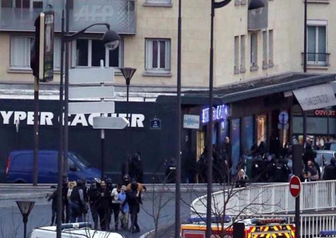 Fransa'da Rehine Krizi Kanlı Sona Erdi