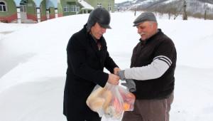 Kar Mahsurlarına Gıda Yardımı