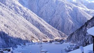 Turizm Cenneti Uzungöl'den Kar Manzaraları