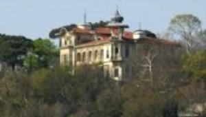 Çengelköy'deki Dev Yapı: Vahdettin Köşkü