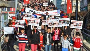 İzmir'de Belediye Otobüs Şoförlerine Saldırılara Tepki Yürüyüşü
