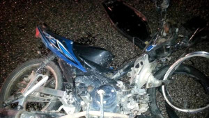 Antalya'da Otomobille Motosiklet Çarpıştı: 1 Ölü, 2 Yaralı