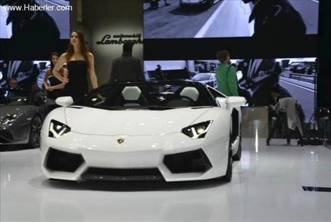 Lamborghini'den Rekor Satış