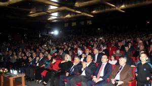 Diriliş Ertuğrul' Ekibi Kayseri'de Söyleşiye Katıldı