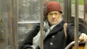 Ünlü Oyuncu Metroda Objektiflere Yakalandı