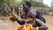 Kenya'lı Kızlar Babaları Tarafından Zorla Satılıyor